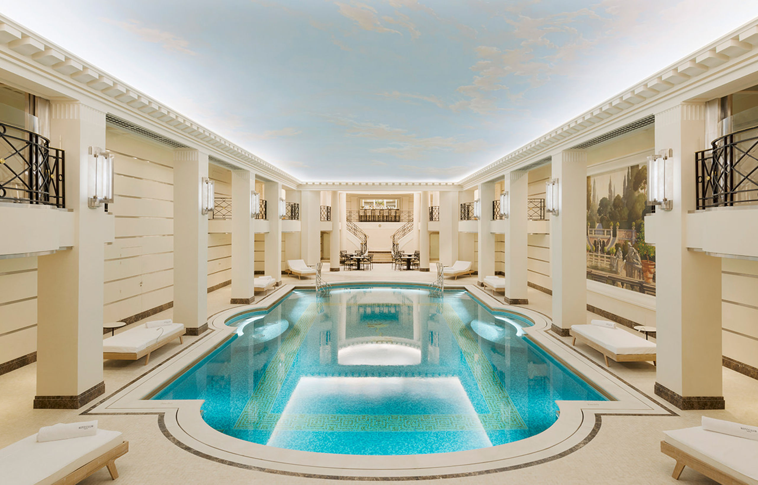 Ritz Club Paris pool